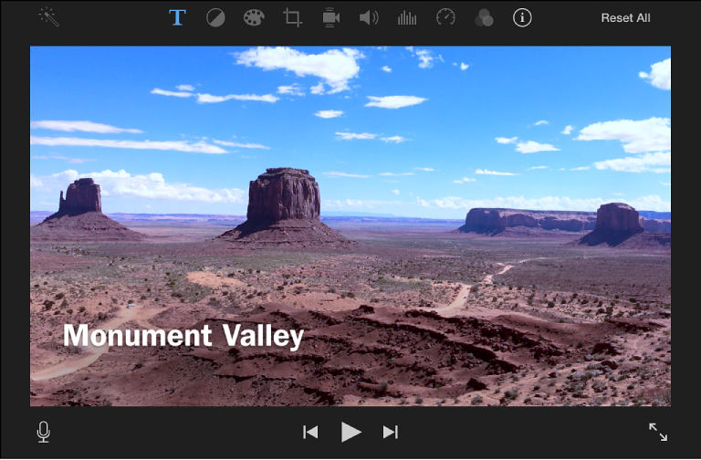 iMovie for Mac: Add titles