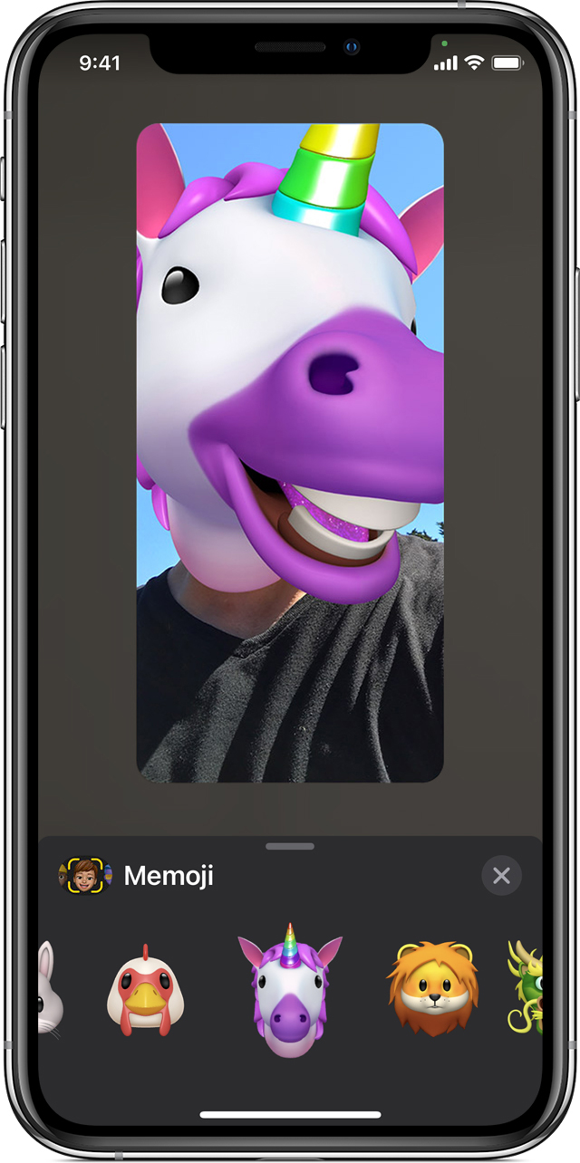 iPhone que muestra cómo crear un Memoji animado en FaceTime