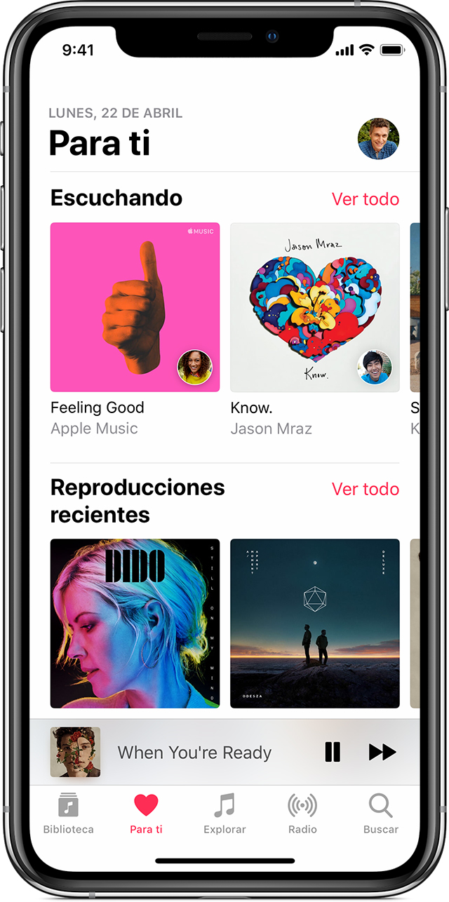 Un iPhone X con Apple Music abierto en la sección Para ti.