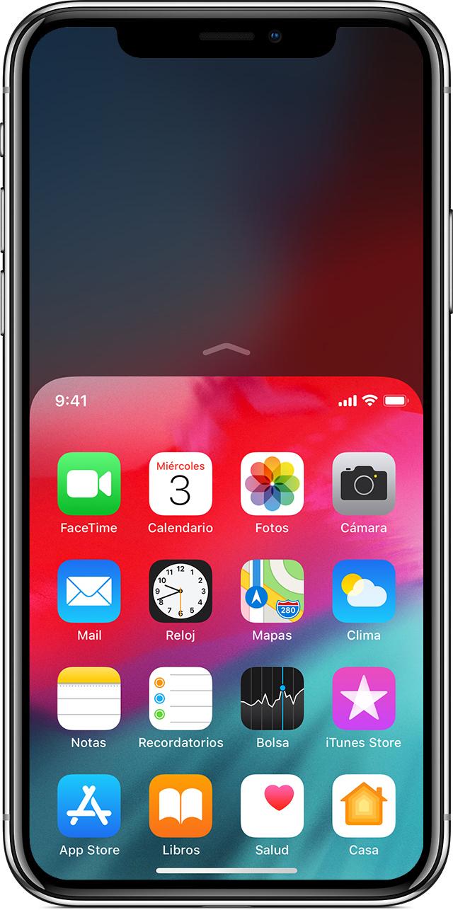 pantalla en la que se muestra el uso de la función Alcancefácil en el iPhoneX