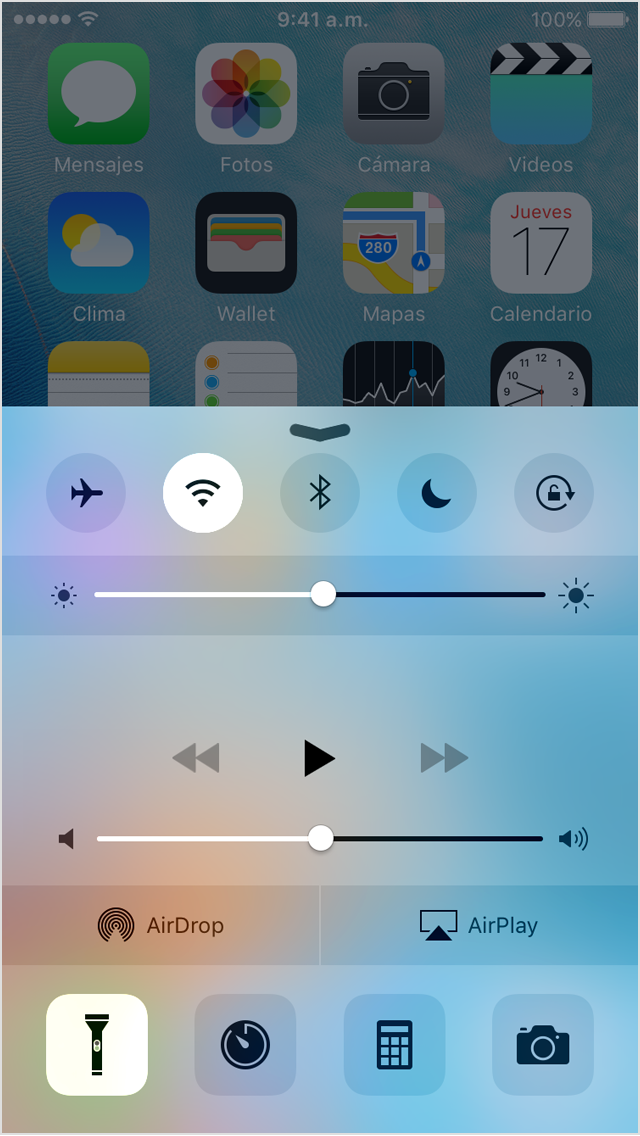 how to use flashlight on iphone 5s