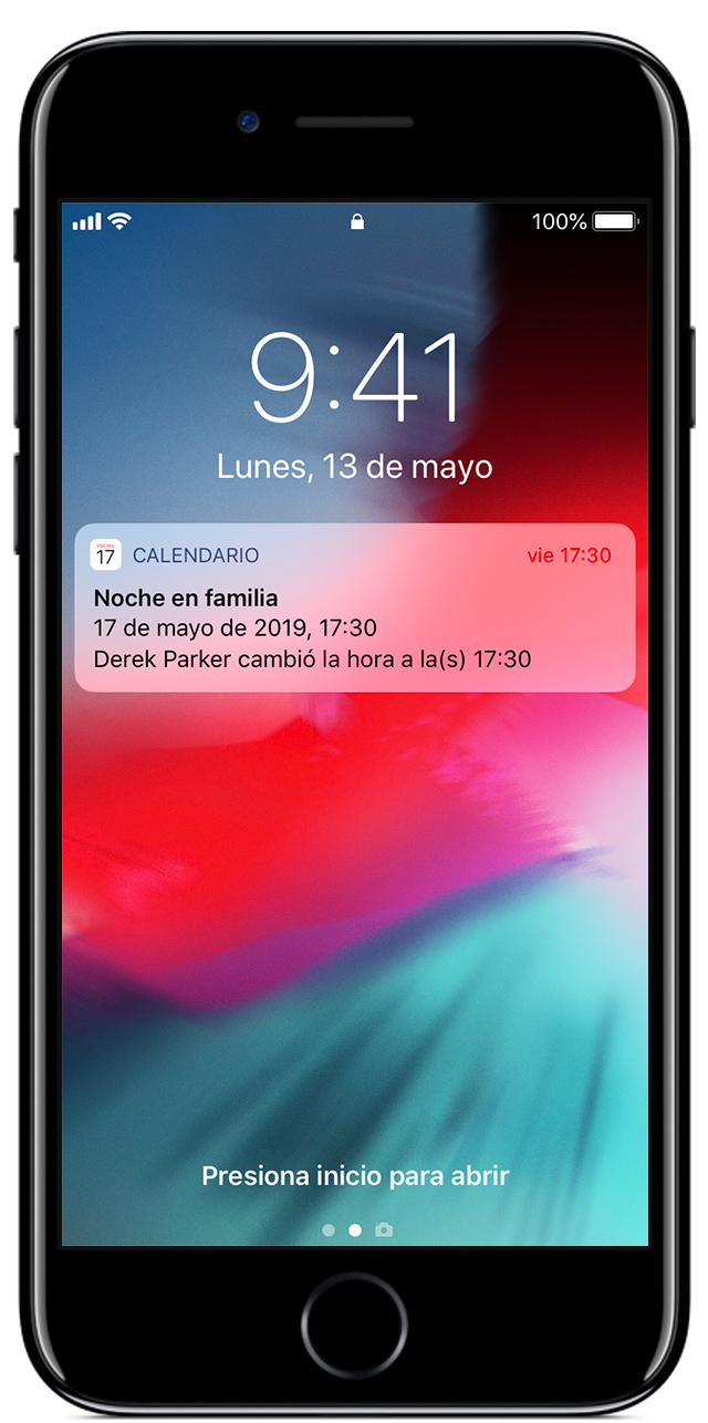 iPhone que muestra una notificación del calendario de un evento familiar