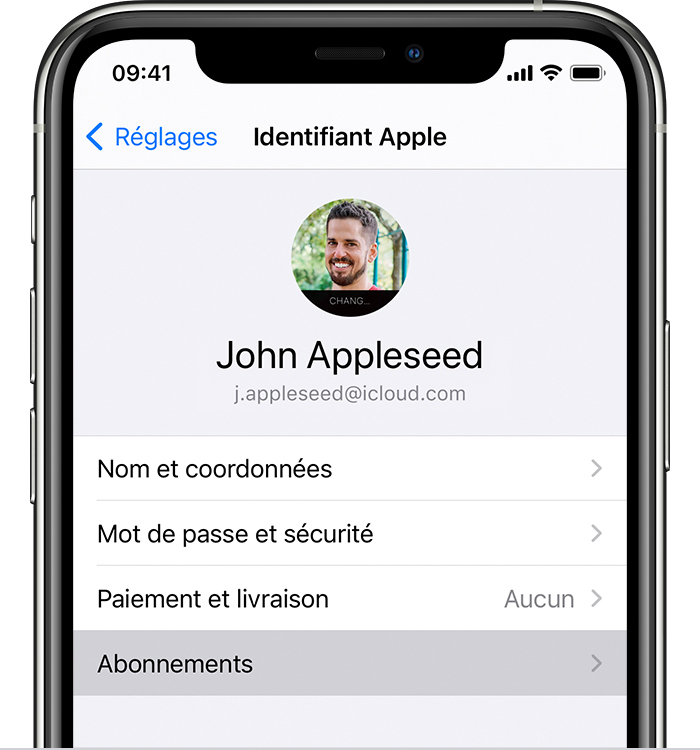 iPhone affichant l'option de menu Abonnements dans Réglages.