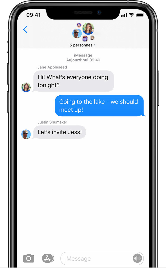 iPhone montrant un message collectif iMessage comptant cinq personnes.