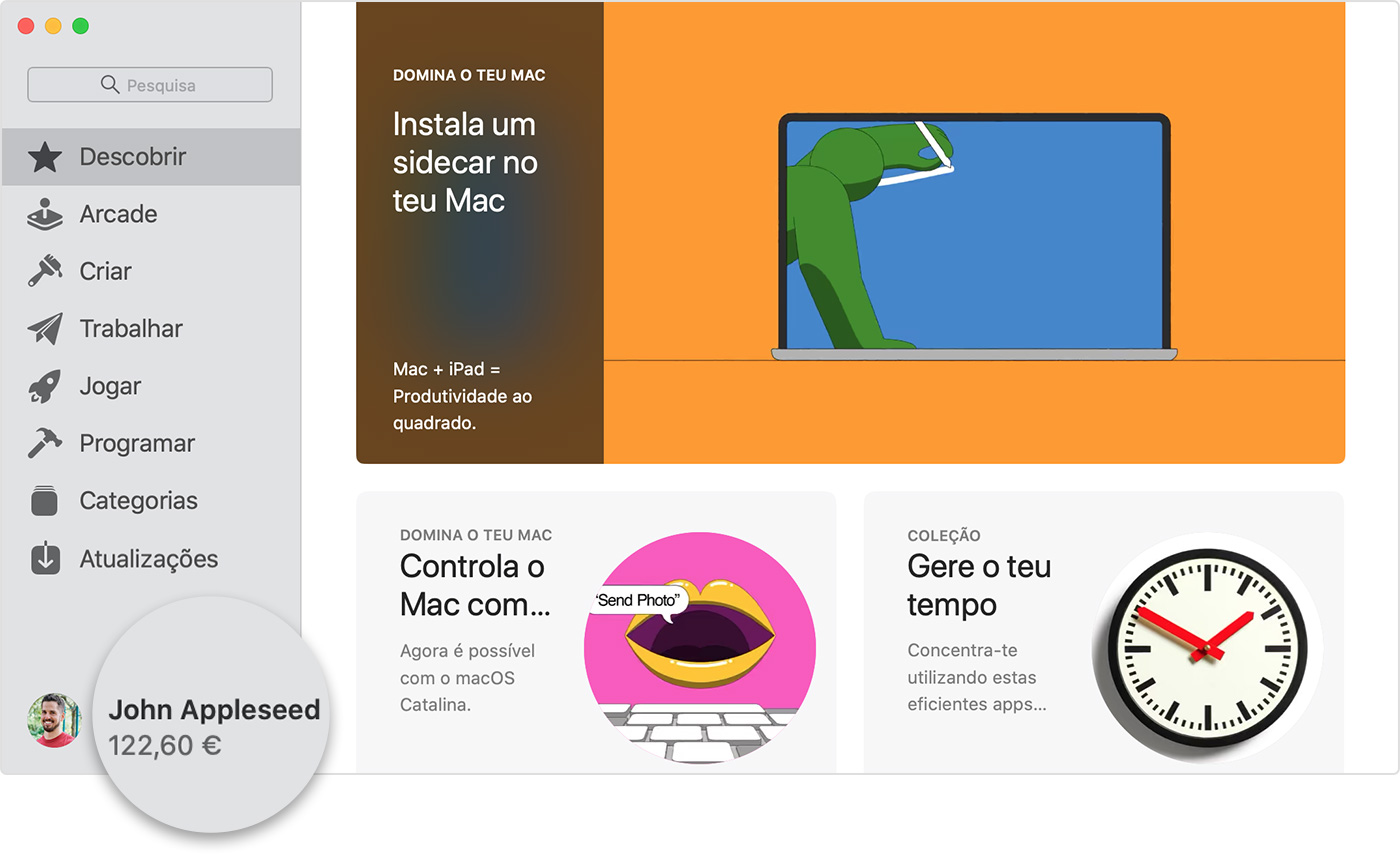 A App Store no Mac a mostrar o saldo do ID Apple de John Appleseed por baixo do seu nome na barra lateral.