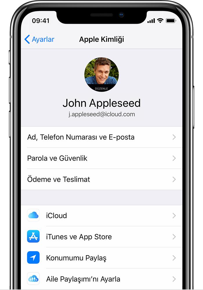iPhone'da Apple Kimliği ekranı